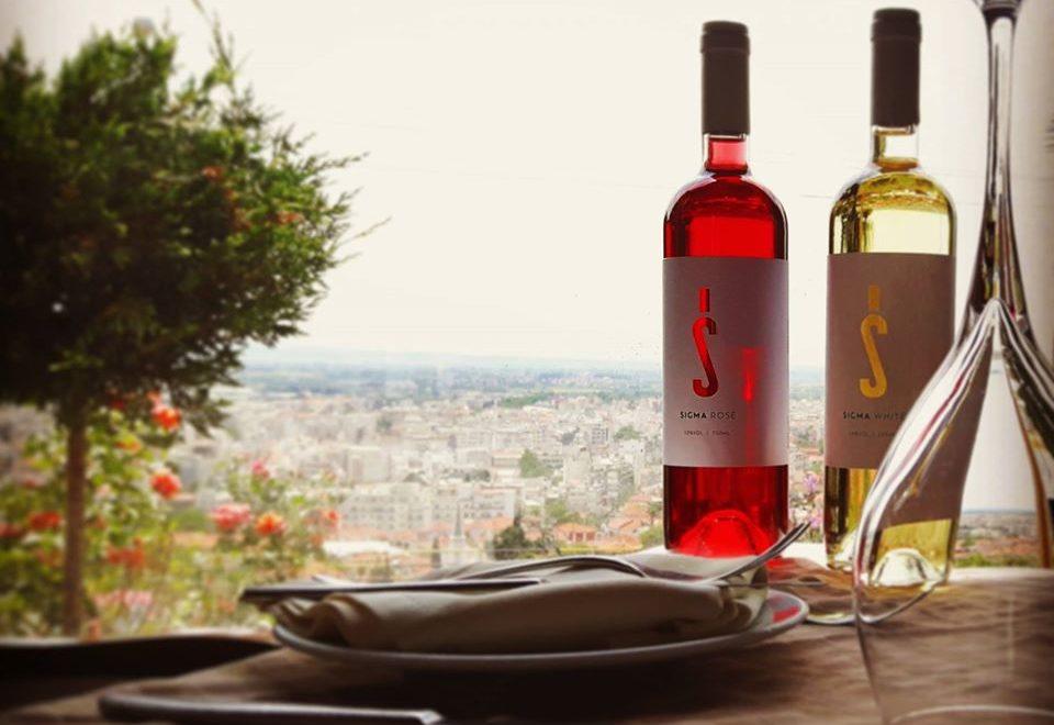 Κρασί: Πιείτε ένα ποτήρι στην… υγειά σας!